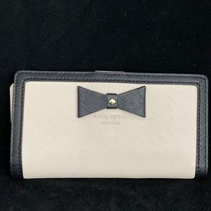 Kate Spade Cream and Black Wallet